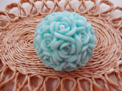 Esfera de mini rosas grande